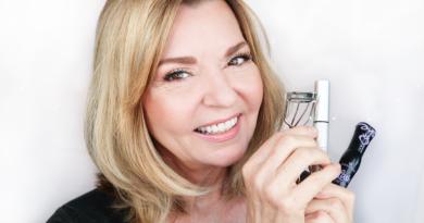 mascara over 50